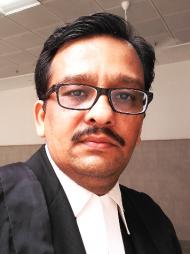 लखनऊ में सबसे अच्छे वकीलों में से एक -एडवोकेट अभिषेक भटनागर