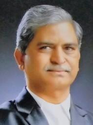 One of the best Advocates & Lawyers in Osmanabad - Advocate Avinash Vithal Rao Maindarkar