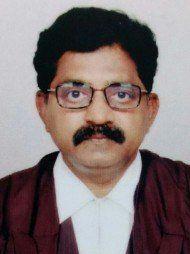 निजामाबाद में सबसे अच्छे वकीलों में से एक -एडवोकेट  सी हरि प्रसाद