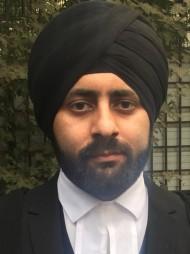 दिल्ली में सबसे अच्छे वकीलों में से एक -एडवोकेट करण सिंह खानुजा