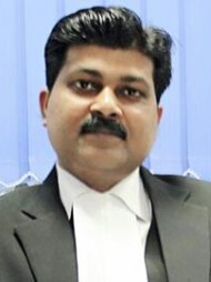 One of the best Advocates & Lawyers in Lucknow - Advocate Manish Simon