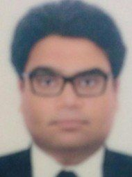 One of the best Advocates & Lawyers in Delhi - Advocate Neeraj Dubey