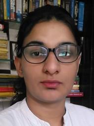 One of the best Advocates & Lawyers in Delhi - Advocate Pragati Gahlaut