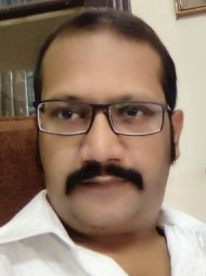 One of the best Advocates & Lawyers in Lucknow - Advocate Praneet Kumar Agarwal