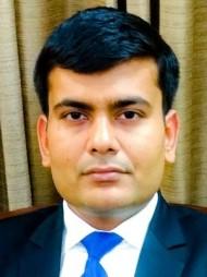दिल्ली में सबसे अच्छे वकीलों में से एक -एडवोकेट  प्रतीक कुमार