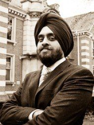 One of the best Advocates & Lawyers in London-UK - Advocate Raminder Singh Uberoi