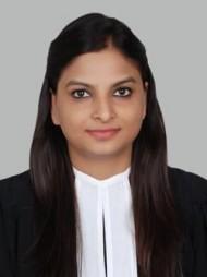 One of the best Advocates & Lawyers in Delhi - Advocate Rashi Bansal
