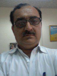 One of the best Advocates & Lawyers in Delhi - Advocate Ravi Satija