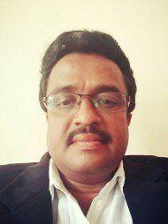 बैंगलोर में सबसे अच्छे वकीलों में से एक -एडवोकेट  Advocare वी नरेंद्र