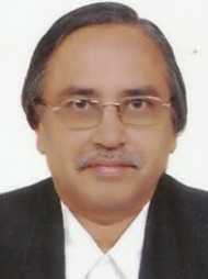 One of the best Advocates & Lawyers in Thane - Advocate Vadakkemadom Lakshmanan SR