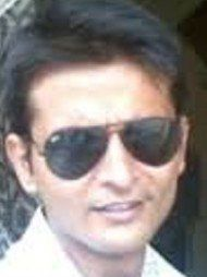One of the best Advocates & Lawyers in Delhi - Advocate Praneet Pranav
