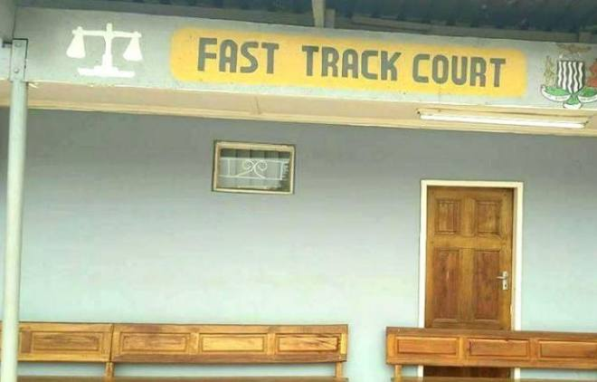 Fast-Track-Court